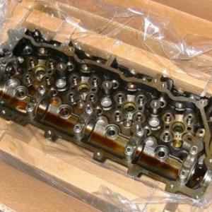 Головка блока цилиндров Isuzu 4HK1