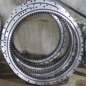 Круг поворотный HYUNDAI R 210LC-5