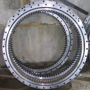Круг поворотный HYUNDAI R 300LC-9